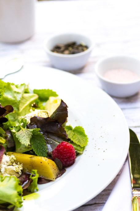 Urlaubsfeeling zuhause- Salat mit Rhabarber