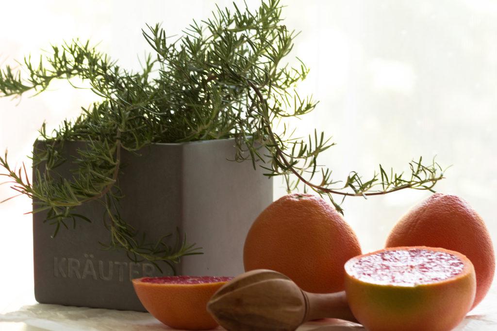 Pink-Grapefruit-Rosmarin-Gin-Fizz hOUSE nO 37