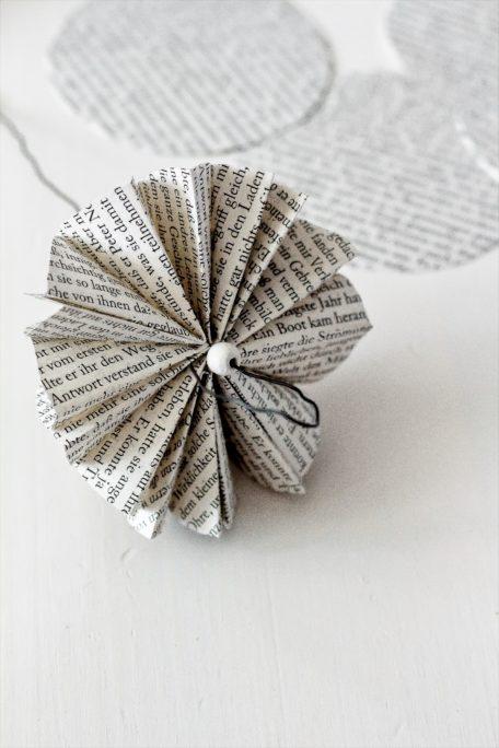 Regenschirm aus Papier DIY Houseno37.de