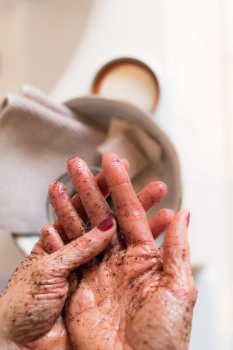 Handpeeling für samtweiche Hände DIY Houseno37.de