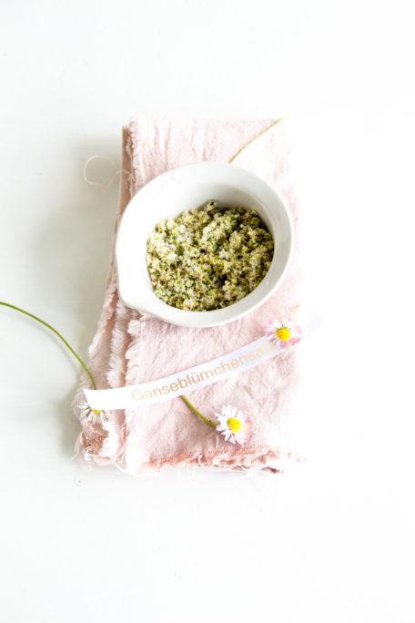 Gänseblümchensalz - gesundes aus Tausendschön