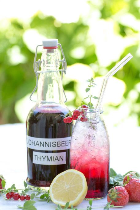 Johannisbeer-Thymian-Sirup