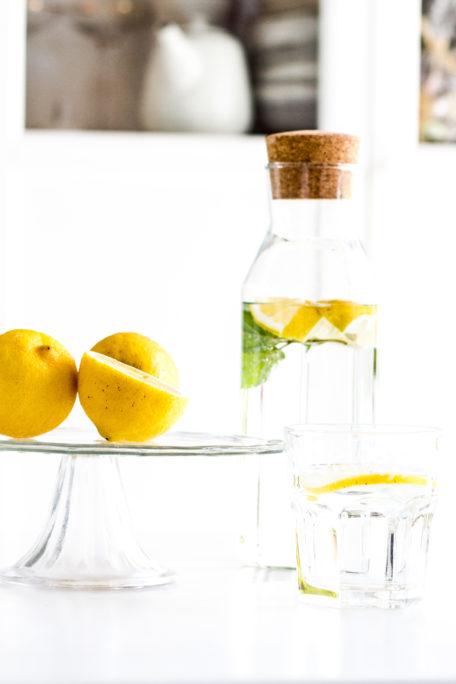 Infused Water Zitronenwasser