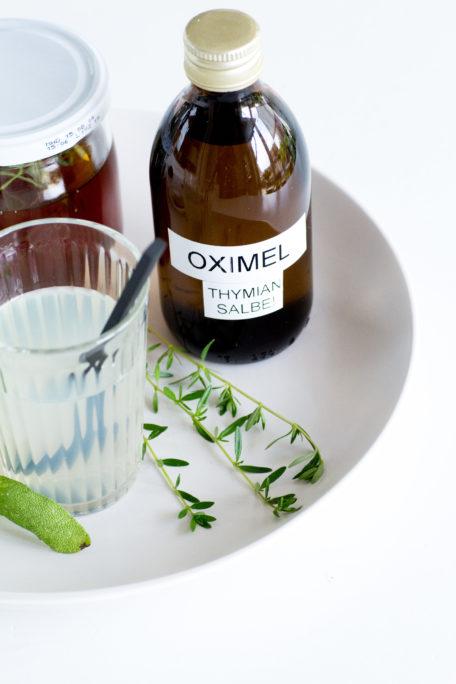 Oxymel mit Thymian und Salbei