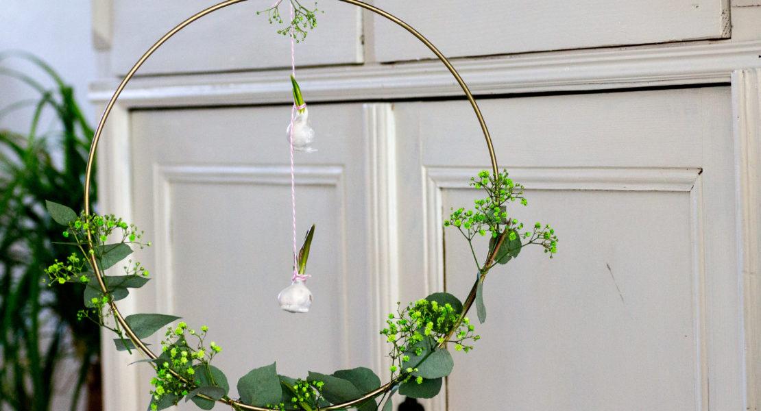 Blumenzwiebeln in Wachs