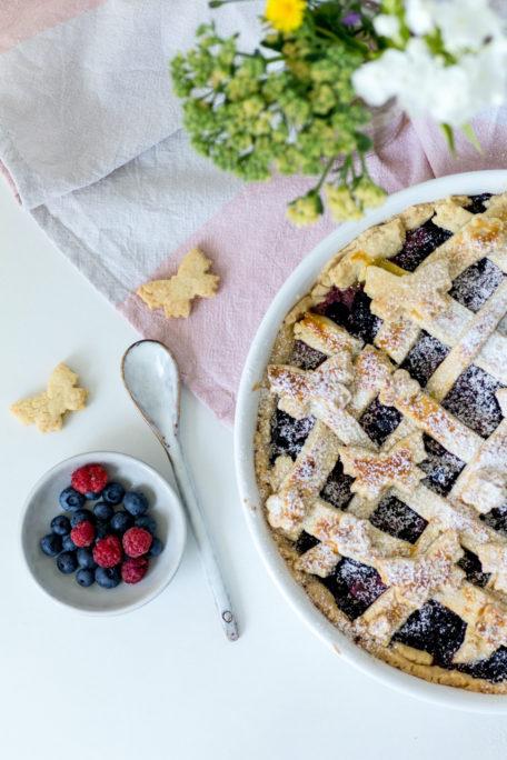 Sommerlicher Beeren-Pie